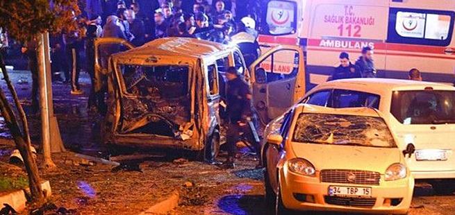 Најмалку 38 жртви во двата напада крај стадионот на Бешикташ во Истанбул