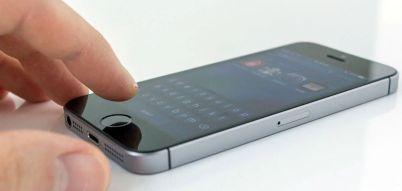 Apple decides to cut iPhone SE price