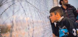 200'e Yakın Mülteci Makedonya Sınırlarında Kaldı..