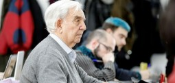 "80-vjeçari nga Valencia, studenti i pazakontë i programit ""Erasmus"""