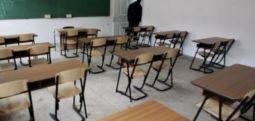 Boshatisen shkollat, familjet ia mësyjnë Perëndimit