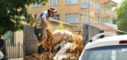 Çiftçi Ziraat Bankası önünde kendini yakmaya çalıştı
