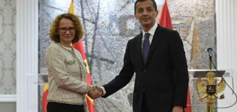 Шекеринска - Бошковиќ: Македонија заслужува да биде следната членка на НАТО