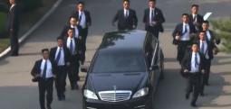 Kuzey Kore liderinin koşan korumaları kimler?