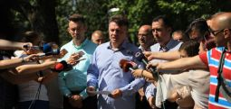 Shilegov: Preparati me të cilin është spërkatur nuk është i dëmshëm për shëndetin e njerëzve (video)
