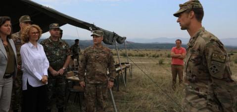 Shekerinska në Krivollak: Maqedonia nuk pret vetëm pranim në NATO, por ka çfarë t'u ofrojë aleatëve