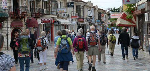 Turistler, ilk çeyrekte 64,7 milyon dolar harcadı