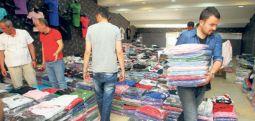 Dolardaki kriz esnafı fena vurdu... Tekstilciler kepenk kapatıyor
