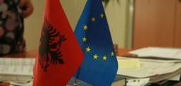 Shqipëria ka nënshkruar marrëveshje me BE për bashkëpunim kufitar