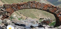 300 yıllık taş köprüyü çaldılar