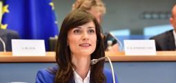 Komisionerja e BE-së: Kosova ka plotësuar kriteret për liberalizim të vizave