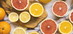 Kim, ne kadar C vitamini almalı?