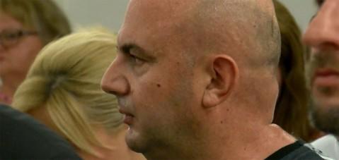 Sela'ya saldıran kişi 13 yıl hapis cezasına çarptırılınca, Makedonya'dan kaçtı
