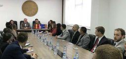 Studentët e Northern Illinois University e vizituan Universitetin e Tetovës