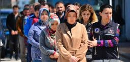 Cadı avı sürüyor: 'Mağdur ailelere yardım toplama' suçlamasıyla 24 gözaltı daha