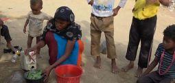 Yemen'de çocuklar yaprak yiyerek yaşamaya çalışıyor