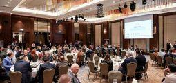 Zaev dhe Pendarovski në iftar në Odën Ekonomike të Maqedonisë Veriperëndimore