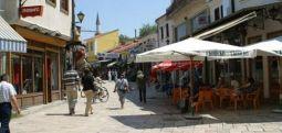 Османи и Малиќи на дипломатска прошетка низ Скопската чаршија
