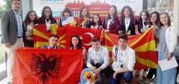 """Nxënësit e kolegjit  """"Jahja  Kemal"""" më të suksesshëm në konkursin ndërkombëtar OWLYPIA"""
