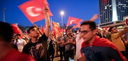"""15 Korriku-   Erdogani:  """"Dhuratë nga Aallahu""""-"""