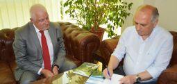 Kryetari i Dibrës, Hekuran Duka mirëpret ambasadorin e R. Shqipërisë në RMV, Fatos Reka