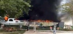 Zjarr në Strugë, digjen 33 mjete lundruese dhe dokumentacion 60-vjeçar