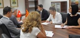 Ministri i Mjedisit Jetësor dhe Planifikimit Hapsinor,  Naser Nuredini, takon ambasadoren e Zvicrës, Sibil Zuter Tehada