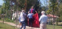 Memoriali i mbështetësve të Erdoganit tek Liqeni Artificial mbulohet me flamurin kombëtar
