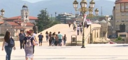 Анкета: Граѓаните половично информирани за работата на Собранието, најчест извор е телевизијата