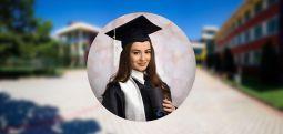 """Поранешната ученичка на """"Јахја Кемал"""" Доника Клења од Дебар, е меѓу најдобрите студенти на Универзитетот Бристол"""