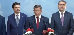 Поранешниот турски премиер Давутоглу ја напушти партијата на Ердоган