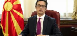 Pendarovski fton në takim liderët e partive politike