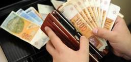 Да се пријавува и казнува ако работодавач бара назад дел од минималната плата, апелира Заев