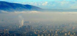 Загаден воздухот во Скопје, кај Ректорат измерени 300 микрограми ПМ 10