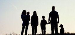 Anne-babalara çocukları için beş tavsiye: 'Onu değil kendinizi anlatın'
