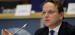 Еврокомесарот за проширување Вархеји утре во Скопје