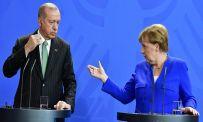 Коалицискиот партнер на Меркел одбива отворање на турски училишта во Германија