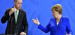 Partneri i koalicionit te Merkelit, refuzon hapjen e shkollave turke në Gjermani