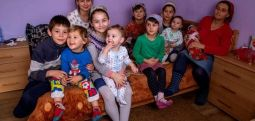 Romanya'nın en geniş ailesi; 42 yaşında 20 kez anne oldu