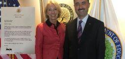 First Lady  Trump'tan Texas'ta okul müdürlüğü yapan Zekeriya Yüksel'e teşekkür mektubu