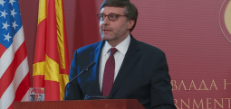 Palmer: Deri në muajin mars të hapen negociata me Shkupin dhe Tiranën