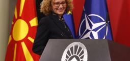 Шекеринска: Би сакала да го видам јунакот кој ќе ги поништи вчера дадените гласови за НАТО во Собранието
