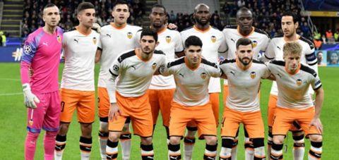 Valencia'da 10 futbolcu koronavirüsüne yakalandı