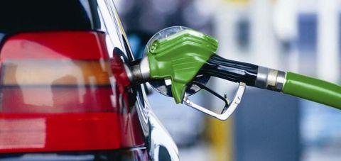 Бензините поевтини до денар и пол, дизелот поскап за половина денар