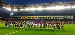 Galatasaray ve Fenerbahçe'de maaş yükü bel büküyor