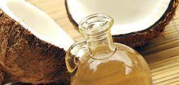 Кокосовото масло помага при слабеење