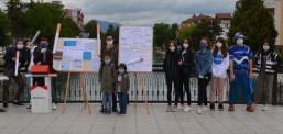 """Nxënësit e """"Jahja Kemal"""" për vetëdijesimin kundër duhanit"""