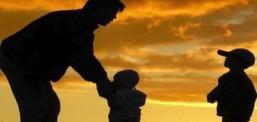 Dünya çocuklarından babalar gününe özel proje: 'Bana bir masal anlat baba'