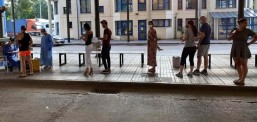 Позитивни на коронавирусот 36 туристи кои пристигнале во Грција, мнозинството од Србија