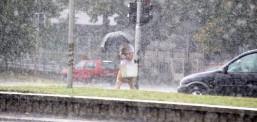 Pasdite shi dhe bubullima, mot jostabil dhe më freskët edhe gjatë fundjavës